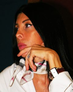 elisa visconti relatrice giallo latino (12) q